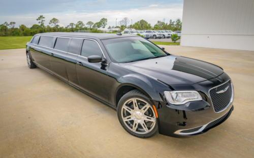 Chrysler 300 Stretch Limousine Black for 8-10 3