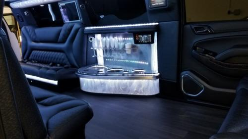 20 Passenger Cadillac Escalade White Jet Door Stretch Limo 4