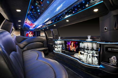 Lincoln MKT Stretch Limo 3