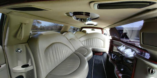 Lincoln Town Car Stretch Limo White 2