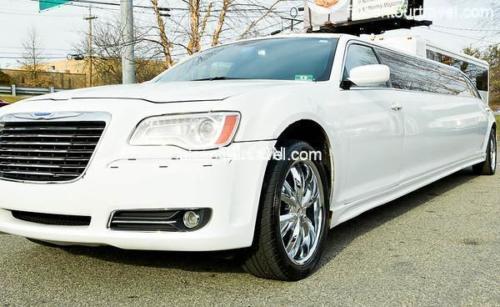 10 Pass Chrysler New (2)