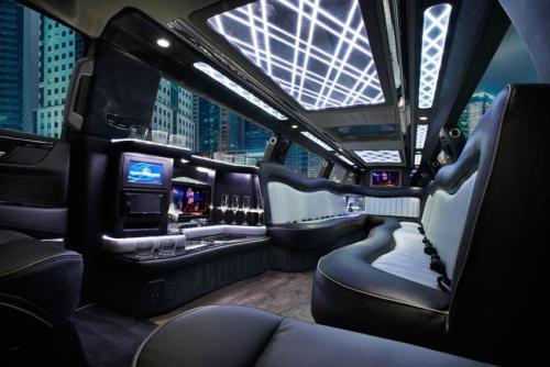 20 Passenger Cadillac Escalade Black Stretch Limo 2
