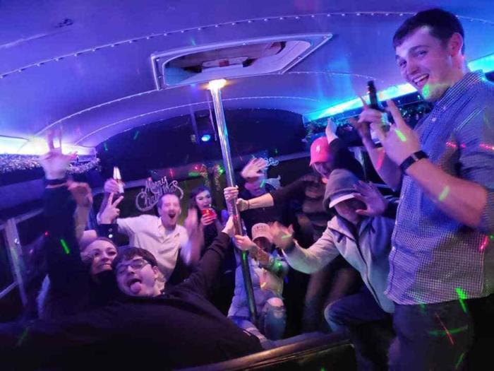24 Pass Bus 1