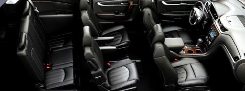 Chevrolet Suburban SUV Black 2