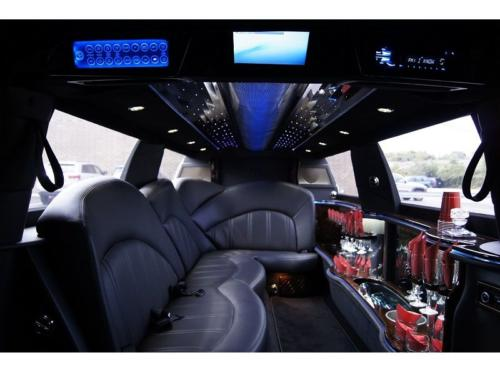 Lincoln Town Car Stretch Limo Black 1